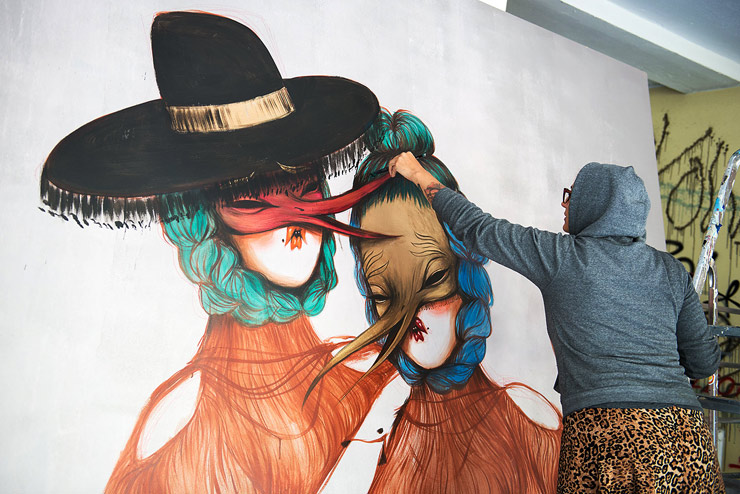 brooklyn-street-art-miss-van-nika-kramer-un-pm8-stolen-space-06-15-web-1