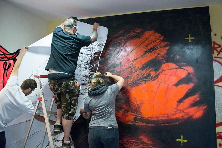 brooklyn-street-art-snik-nika-kramer-un-pm8-stolen-space-06-15-web-1