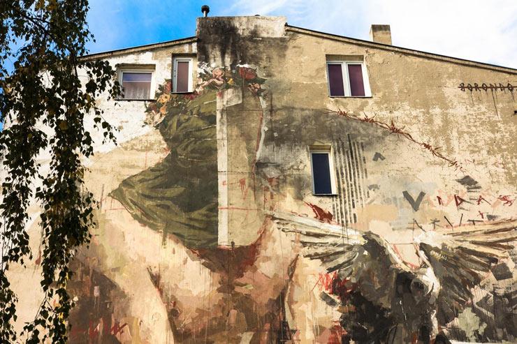 brooklyn-street-art-borondo-Maciej-Stempij-lodz-murals-poland-10-15-web-2