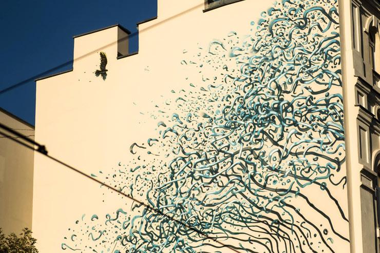 brooklyn-street-art-dal-east-Maciej-Stempij-lodz-murals-poland-10-15-web-1