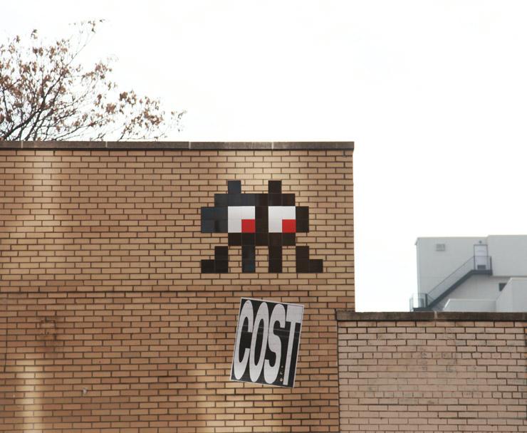 brooklyn-street-art-invader-cost-jaime-rojo-12-13-2015-web