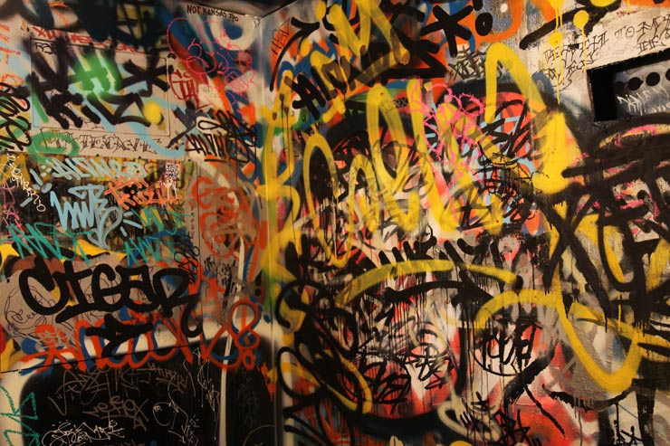 brooklyn-street-art-bathroom-graffiti-jaime-rojo-01-24-16-web