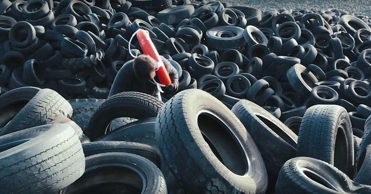 Brooklyn-Street-Art-Pejac-Tires-740-Screen-Shot-2016-02-20-at-3.36