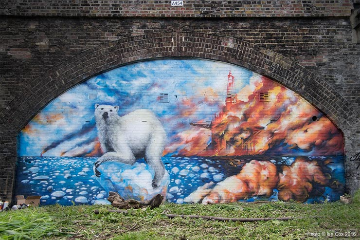 brooklyn-street-art-Endangered13_probs_Ian_Cox_london-04-2016-web--2
