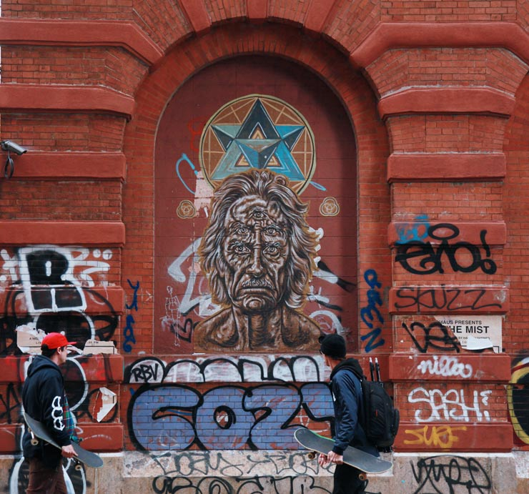 brooklyn-street-art-pyramid-oracle-jaime-rojo-04-16-web-4