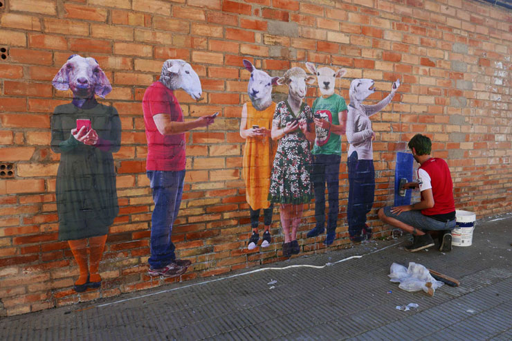 brooklyn-street-art-bifido-gar-gar-festival-catalonia-spain-05-16-web-3