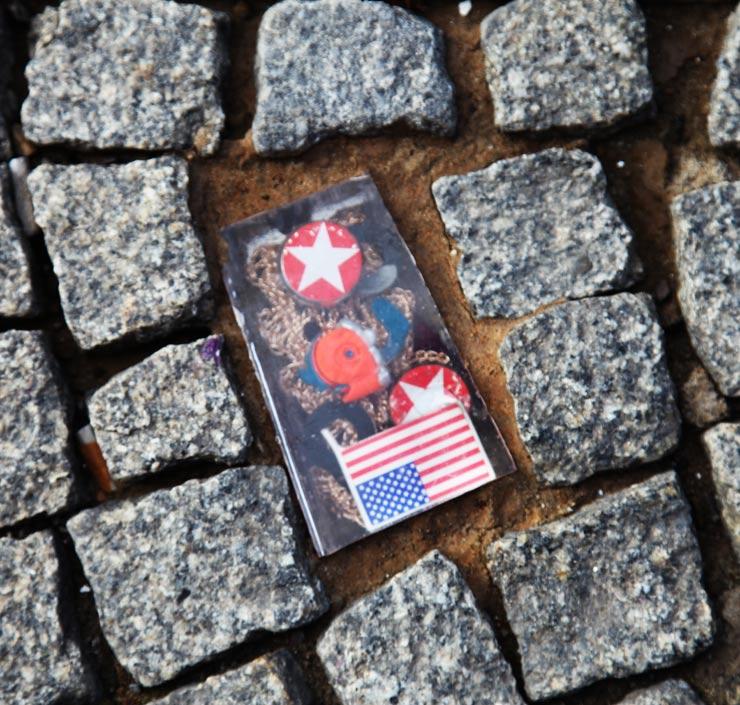 brooklyn-sreet-art-olek-robosexi-jaime-rojo-berlin-07-31-16-web-1