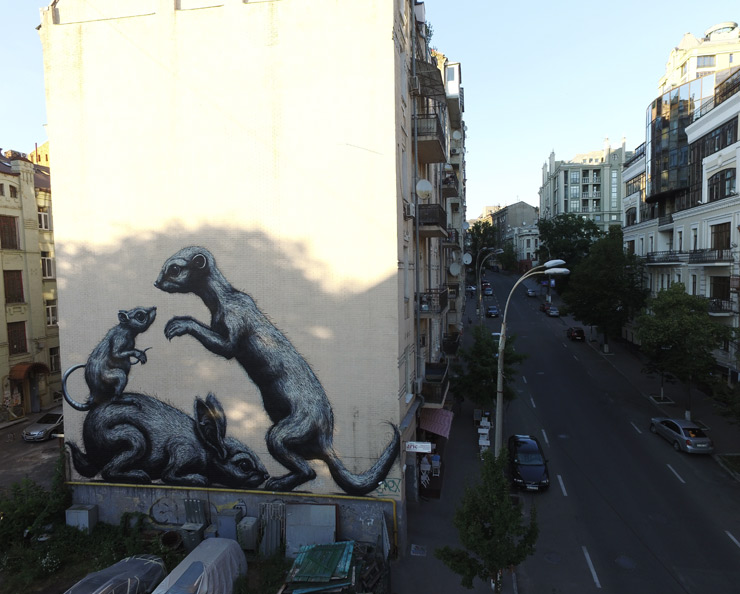brooklyn-street-art-roa-art-united-us-dronarium-kiev-ukriane-07-16-web