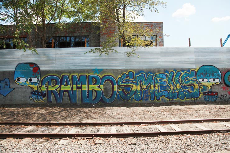 brooklyn-street-art-rambo-smells-907-jaime-rojo-08-14-2016-web