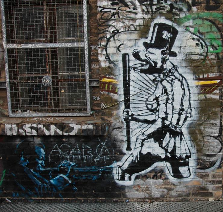 Feel Free at Urban Spree: Berlin : Brooklyn Street Art
