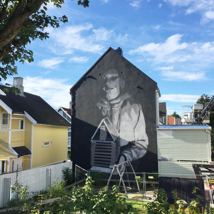 brooklyn-street-art-axel-void-tor-staale-moen-nuart-stavanger-09-2106-web-2
