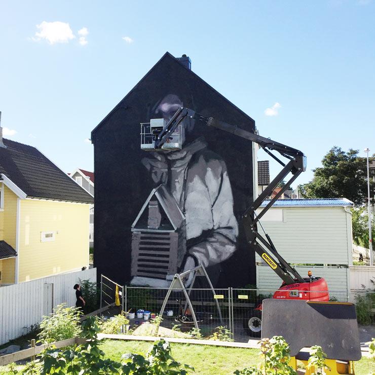 brooklyn-street-art-axel-void-tor-staale-moen-nuart-stavanger-09-2106-web-3