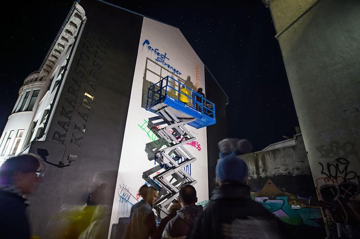 brooklyn-street-art-dotdotdot-wall-poetry-2016-nika-kramer-reykjavik-iceland-10-2016-web-1