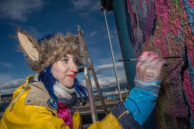 brooklyn-street-art-lora-zombie-wall-poetry-2016-nika-kramer-reykjavik-iceland-10-2016-web-1