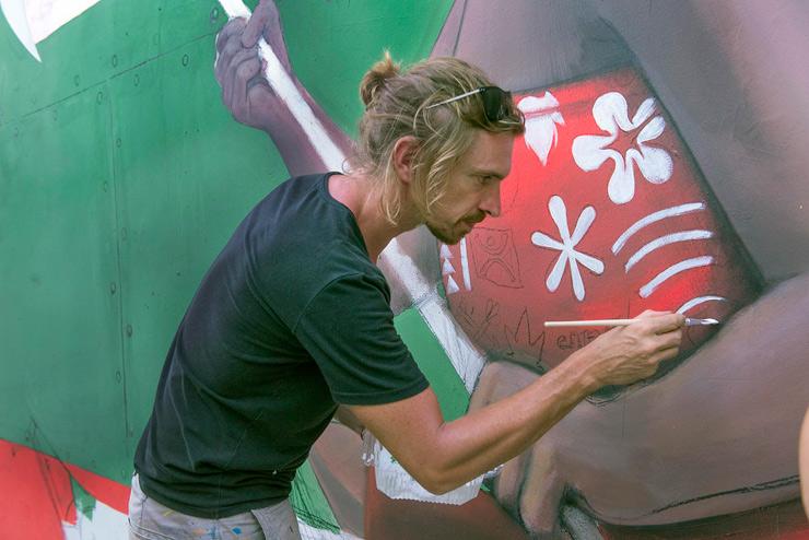 brooklyn-street-art-seth-martha-cooper-onou-tahiti-10-16-web-1