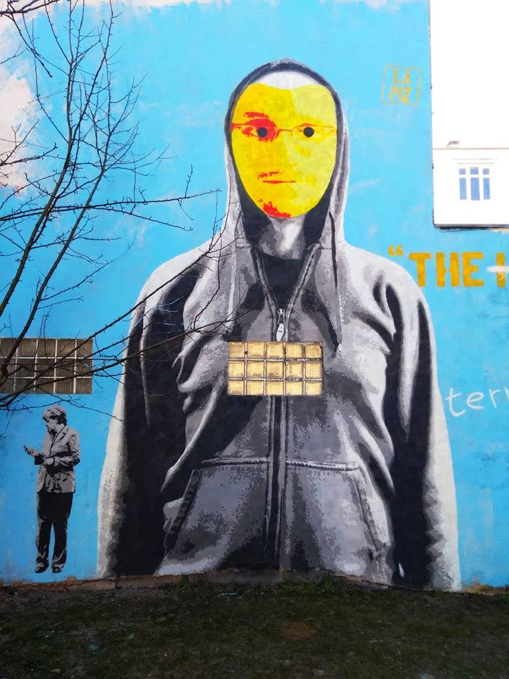 lapiz the hero is you brooklyn street art
