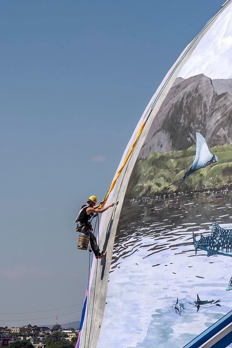 "Trans-graffiti and the Trans-National ""Mextonia"" Festival"