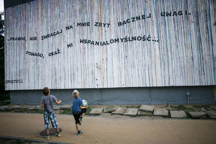 Street Poet Opiemme Honors Nobel Laureate in Poland