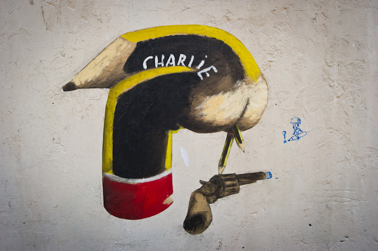 """Paris Street Art Update : """"Je Suis Charlie"""" and """"Pochoirs à Vendre"""""""