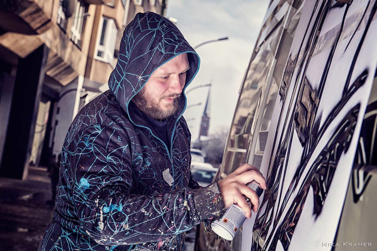 """Live Stenciling in Berlin with Street Artists for """"Cut It Out"""""""