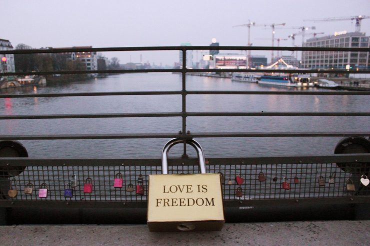 """Love Is Freedom"" Locked: Valentines Day in Berlin"