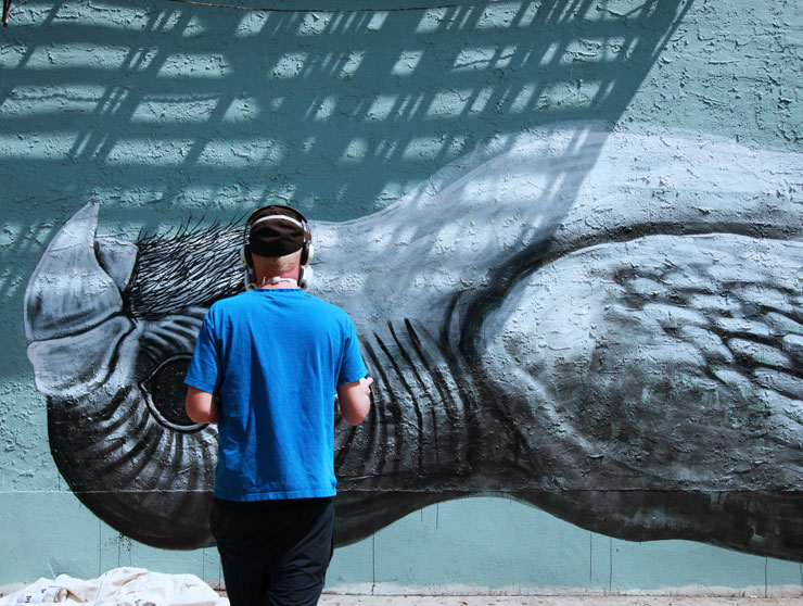 "ROA Paints a Memorial Tribute in BK : ""Pet Bird RIP"""