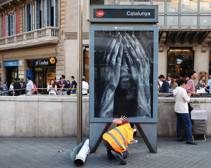 Vermibus: Ad Busting In Barcelona. Catalonia's Desire to Secede from Spain