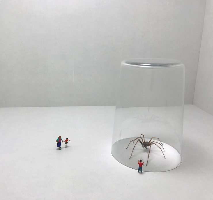 "Slinkachu Miniaturizes the Scale in Stockholm at ""Magic City"""