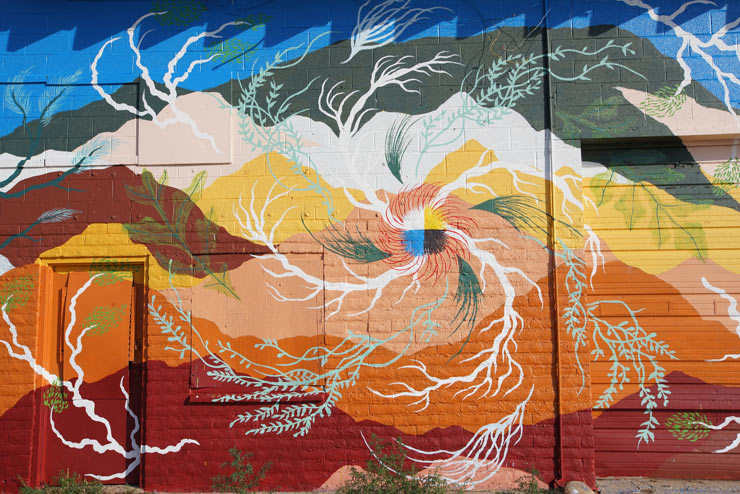 Italian Street Artist in Navajo Nation: Gola Hundun Finds the Mountain