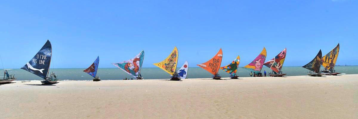 """""""Além da Rua"""" Festival Sails the Sea by the Port of Pecém, Brazil"""