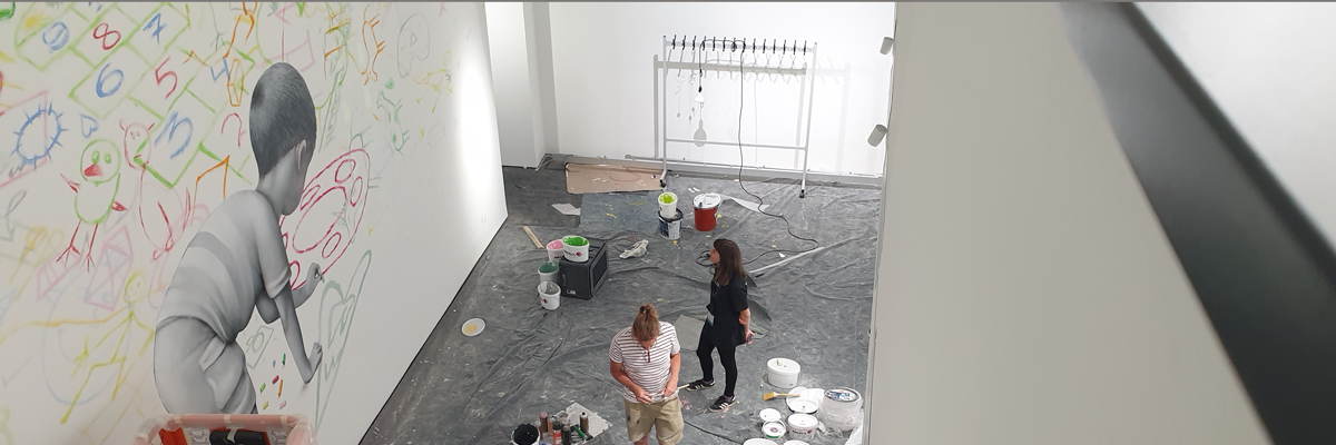 """SETH Completes Indoor Mural for """"Martha Cooper: Taking Pictures"""" at Urban Nation Berlin"""