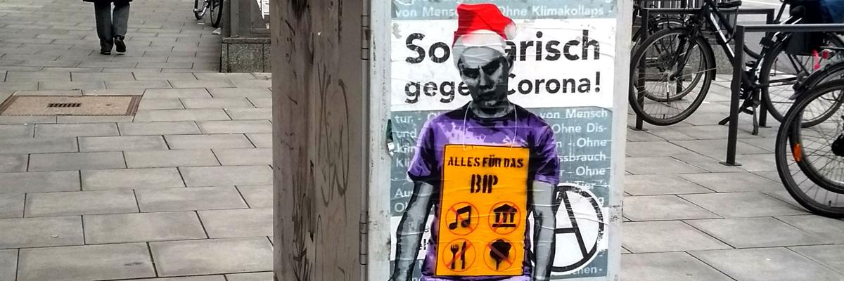 """Grumpy Elf: Lapiz in Hamburg Says """"Go Shopping!"""""""
