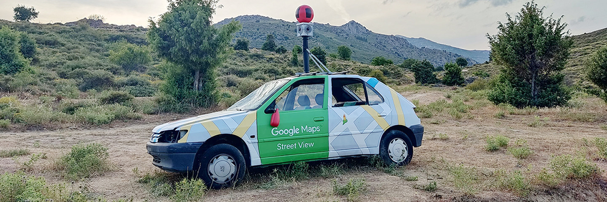 """Biancoshock's Smashed Google """"Street View"""" Car Sculpture in Corsica"""