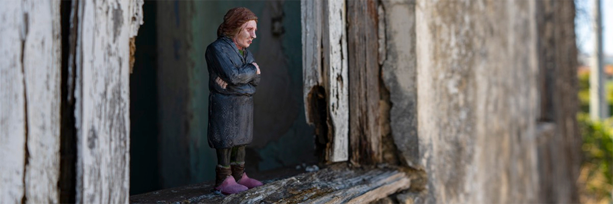 Extending the Family at Fazunchar Festival in Portugal with Isaac Cordal